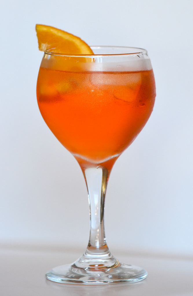 FTR: Specialty Cocktail - Aperol Spritz